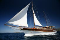 LORD YACHTING CROATIA - luxury mega yacht charter, motor yacht charter, saling boat charter, gulet cruising, mini cruiser or catamaran charter