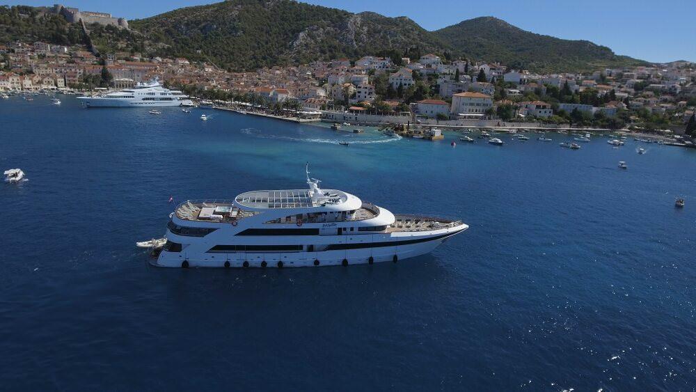 Yacht Ban Mini Cruiser Lord Yachting Croatia Yacht Agency